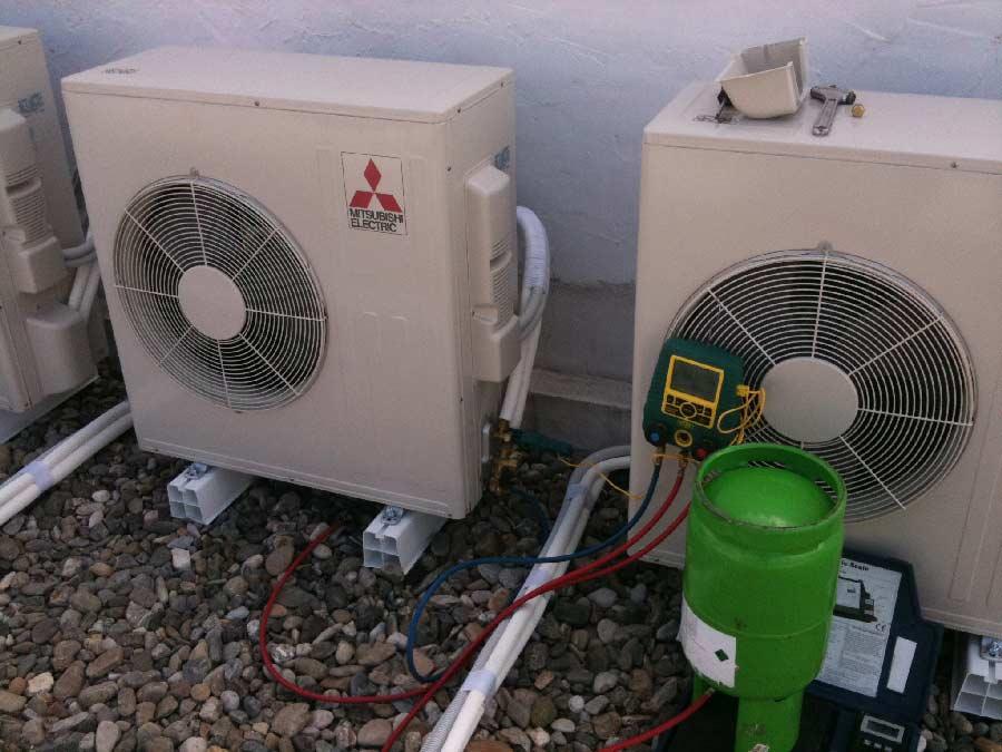 Instaladores de aire acondicionado en m laga for Instaladores aire acondicionado zaragoza